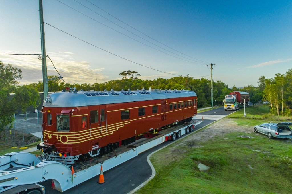 The-two-carriages-of-the-Byron-Bay-solar-train-enroute-from-Lithgow-to-Byron-Bay.jpg