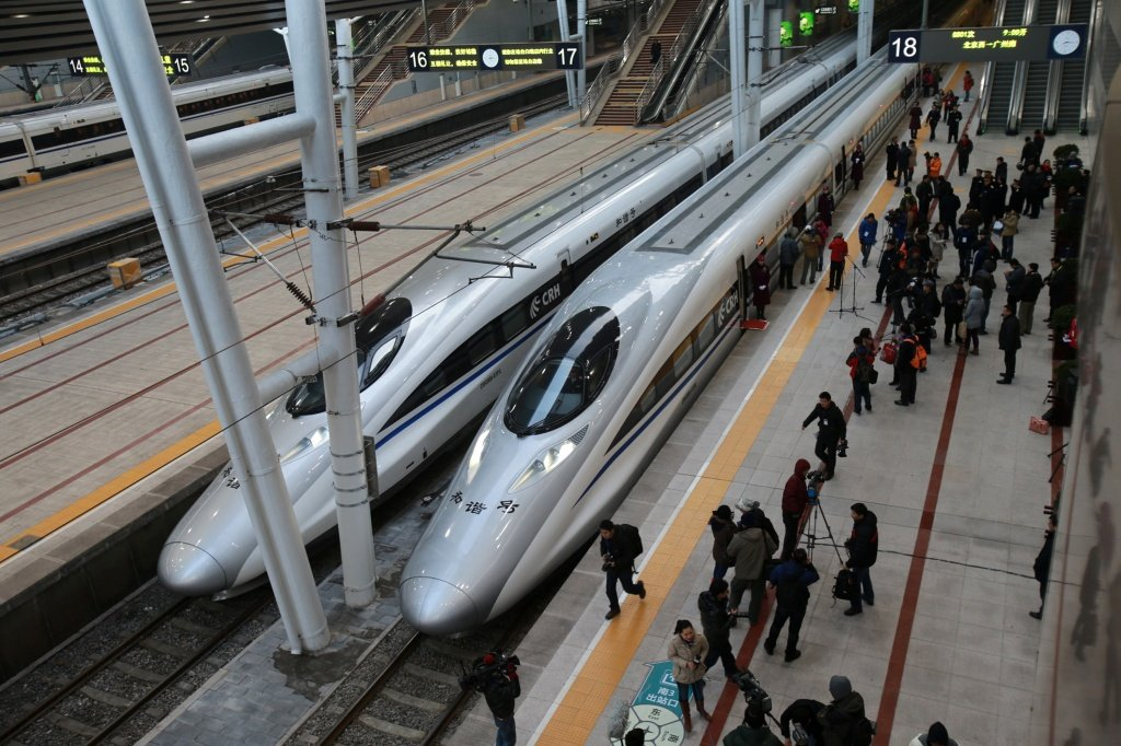 The-longest-high-speed-rail-network-in-the-world_www.pixanews.com-3.jpg